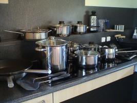 Potten, pannen en een 5 pits inductie kookplaat